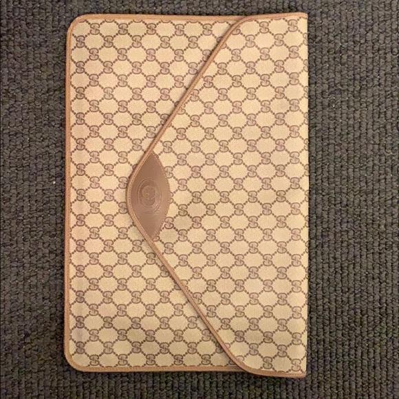 factory price 580a7 9c78f Gucci Vintage leather portfolio